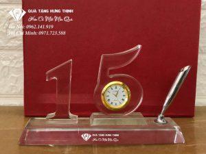 Bộ Số 15 Pha Lê Gắn Đồng Hồ BS22