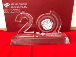 Bộ Số 20 Pha Lê Gắn Đồng Hồ BS15