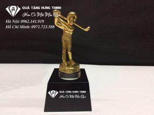 Cúp Người Chơi Golf Mạ Vàng CG01