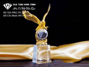 Cúp Pha Lê Đại Bàng