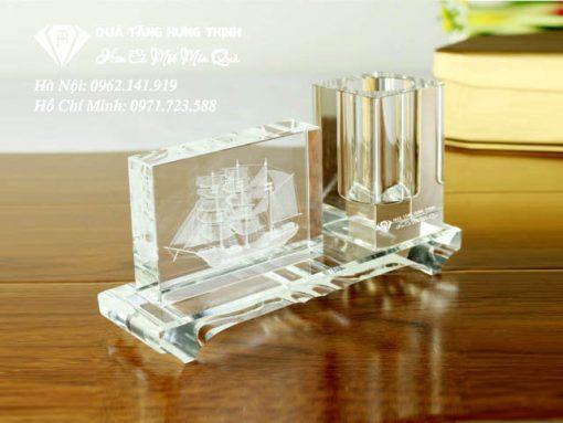 Pha le de ban khac 3D con Thuyen