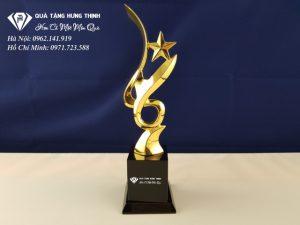 Cúp Ngôi Sao Kim Loại Mạ Vàng CN16