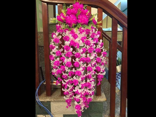 Hoa lan pha lê treo tường