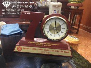 Bộ Số 70 Gỗ Đồng Hồ Để Bàn ĐG01