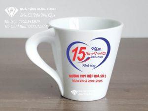 Cốc Sứ Quai Xoắn In Logo CS16