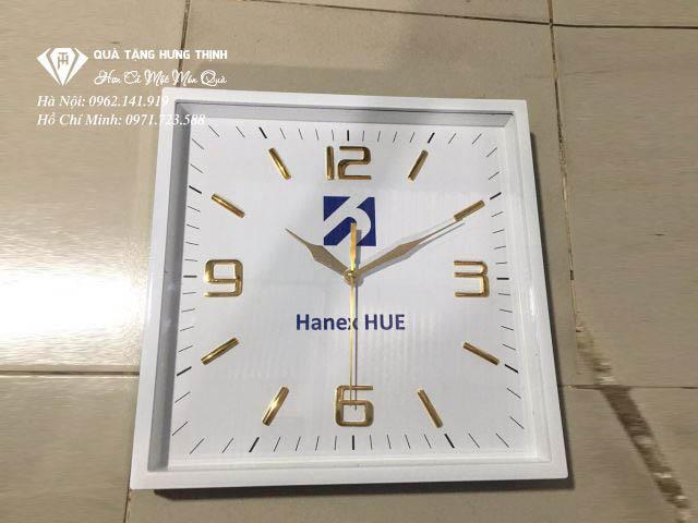 Mẫu mã đồng hồ treo tường làm quà tặng