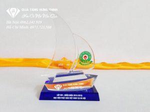 Pha Lê Con Thuyền Buồm KP113