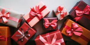 Quà tặng 8-3: Những món quà ý nghĩa và thiết thực nhất