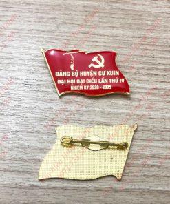 Huy hiệu Đại hội đảng phủ thủy tinh hữu cơ