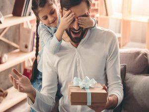 Top 10 món quà tặng sinh nhật bố ấm áp tình cảm cha con nhất