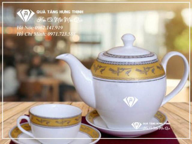 Bộ ấm trà viền Hạc Vàng In Logo sang trọng.