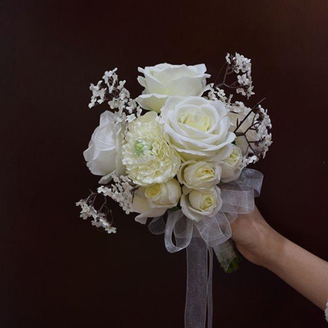 Hoa cưới handmade thay cho lời chúc phúc