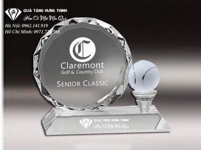 Cúp lưu niệm Tennis bằng pha lê tại quà tặng Hưng Thịnh